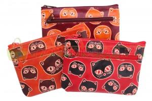 Купить индийскую косметичку «Кошачьи мордочки» из натуральной кожи в интернет-магазине индийских сумок «IndianBags.ru»